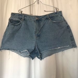 Forever 21 Plus Size Denim Shorts Size 20